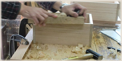 木の経年変化を活かした家具作り