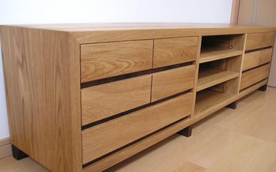 木のオーダーメイド家具で多くのお客様にお喜びいただいています