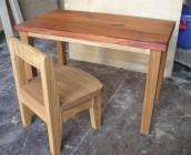子供の机、椅子