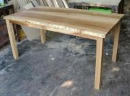 テーブル06
