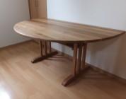 半円型テーブル03